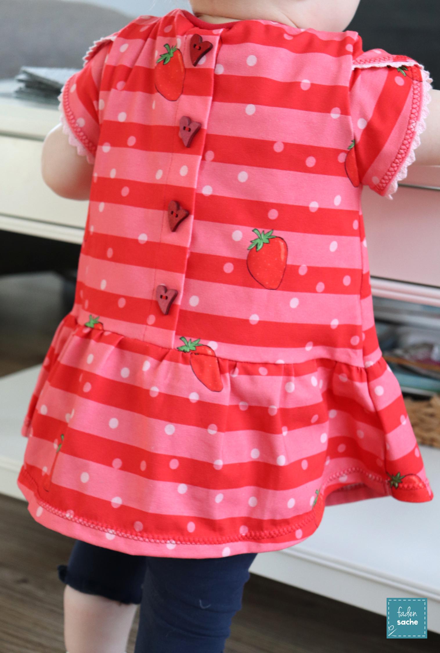 Ein süßes Erdbeeroutfit…